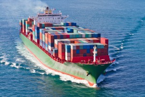 Navire cargo porte container